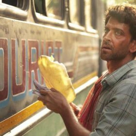 Super 30 box office collection Hrithik Roshan Mrunal Thakur Vikas Bahl Anand Kumar Biopic