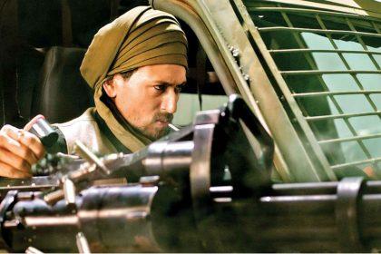 Tiger Shroff uses Gatling gun in War Movie Hrithik Roshan Bollywood