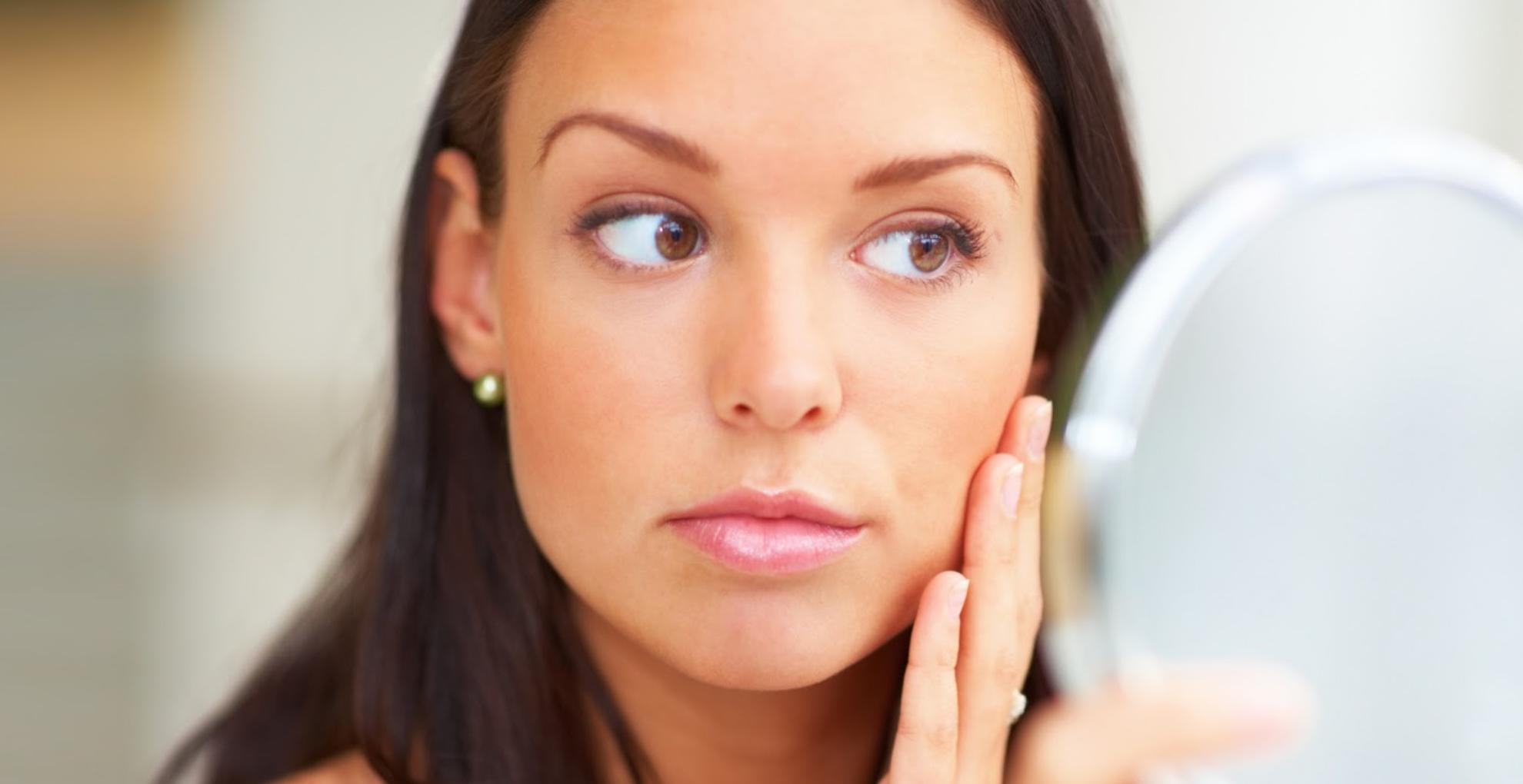 Skin Care Tips: जरा संभल कर! इन चीजों का चेहरे पर करेंगी इस्तेमाल, तो होगा नुकसान