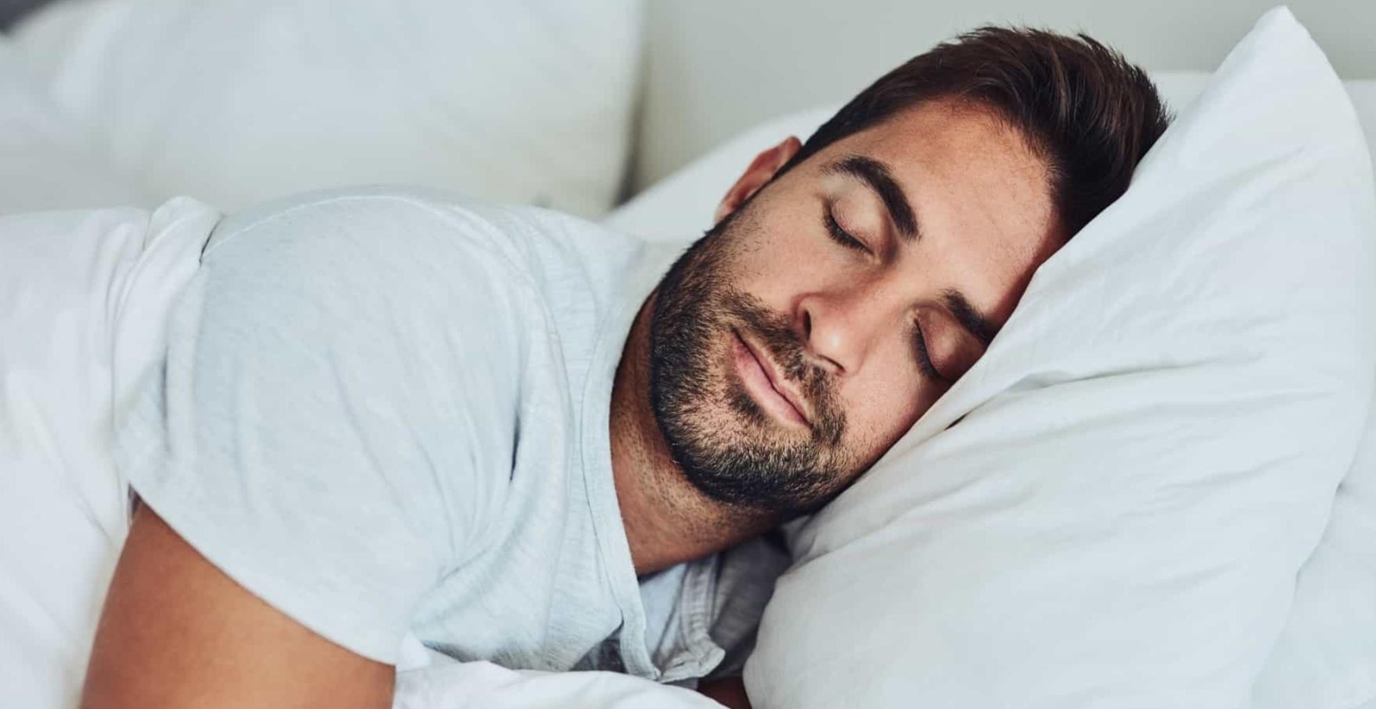 नींद पूरी ना होने की वजह से आप हो सकते हैं मोटापे का शिकार, जानिए इससे होने वाले नुकसान