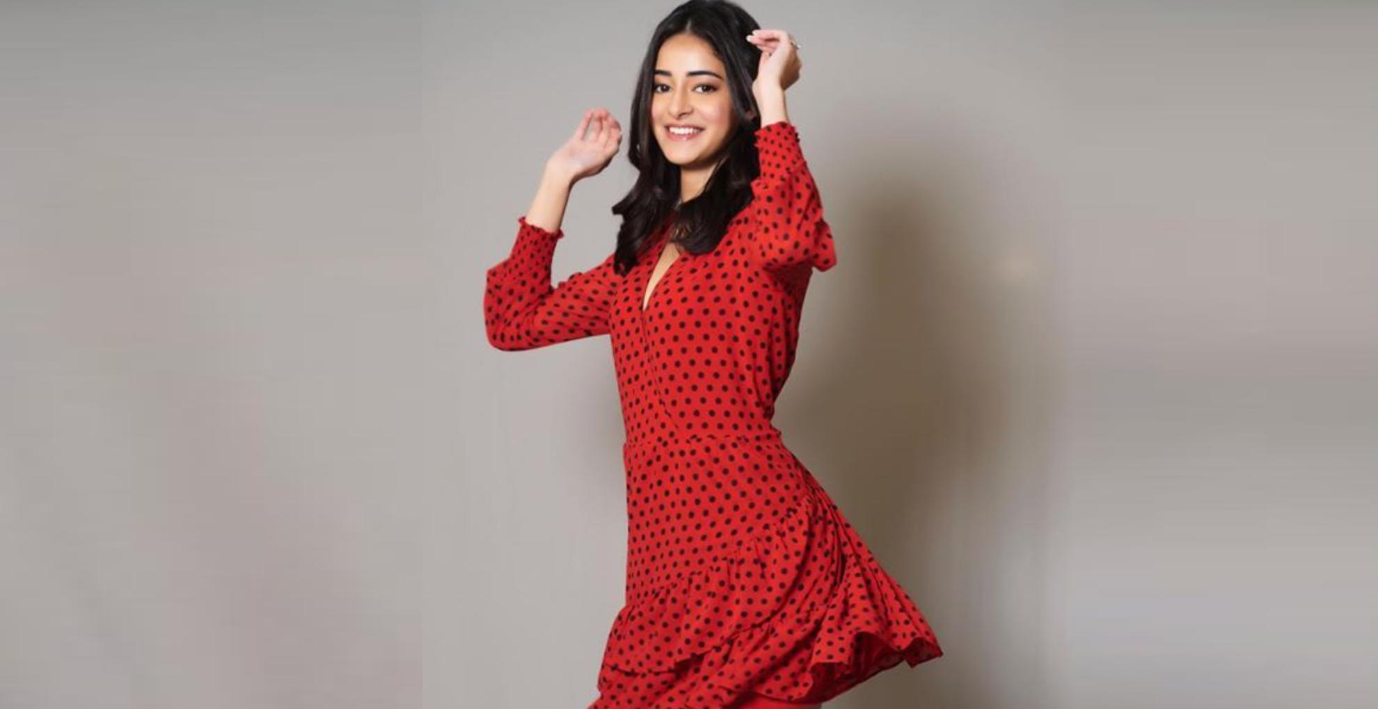 OMG! अनन्या पांडे स्पॉट हुईं इतनी महंगी ड्रेस में, इसकी कीमत हो सकती है आपकी महीनेभर की कमाई