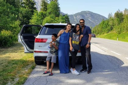 Ajay devgn with family and Car