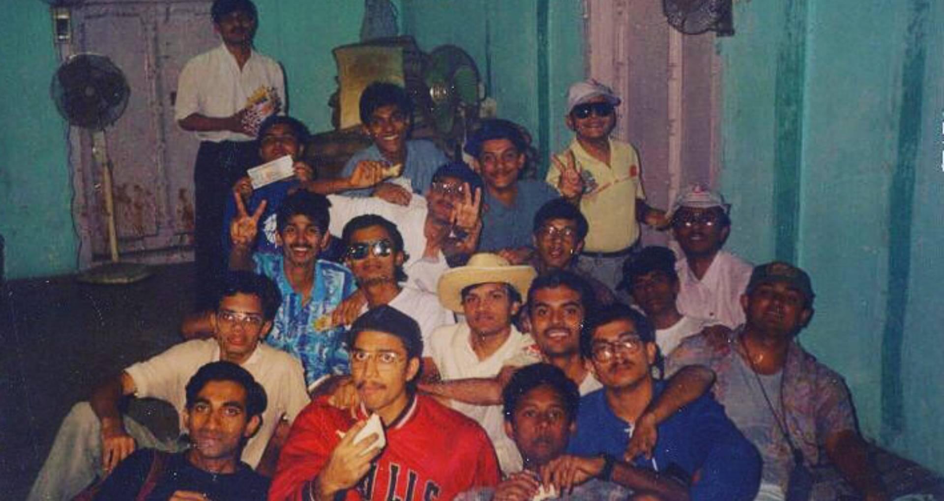 Chhichhore Movie: नितेश तिवारी का ऐसा था छिछोरे गैंग, डायरेक्टर ने इस तस्वीर के साथ याद की अपनी कॉलेज लाइफ