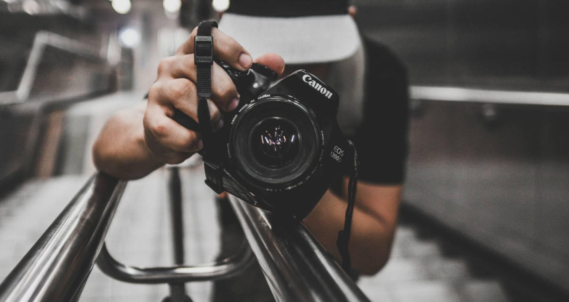 World Photography Day: 30 हजार के अंदर खरीद सकते हैं ये टॉप 5 स्मार्टफोन, जिनका कैमरा है दमदार