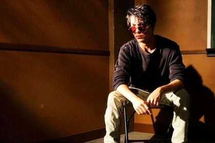 शाहरुख खान के लाडले आर्यन खान हूबहू अपने पिता की तरह (फोटो-इंस्टाग्राम)