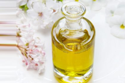 Use this hair oil and say good bye to Hair Fall Dandruff and Grey Hair problem