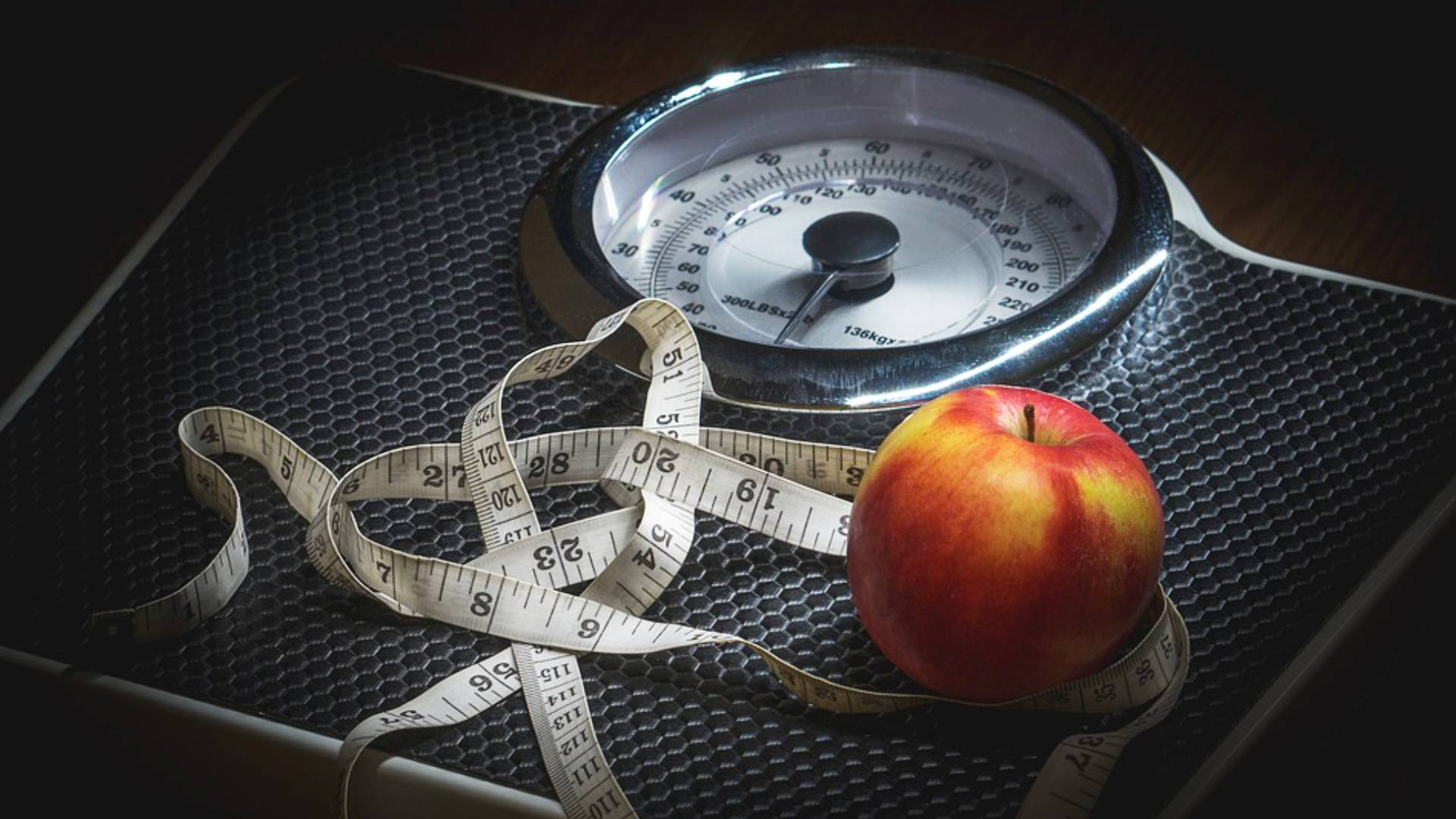 Weight Loss Tips: मोटी से मोटी तोंद भी दो हफ्तों में हो जाएंगी गायब, इन सुपरफूड्स को अपने रूटीन में करें शामिल