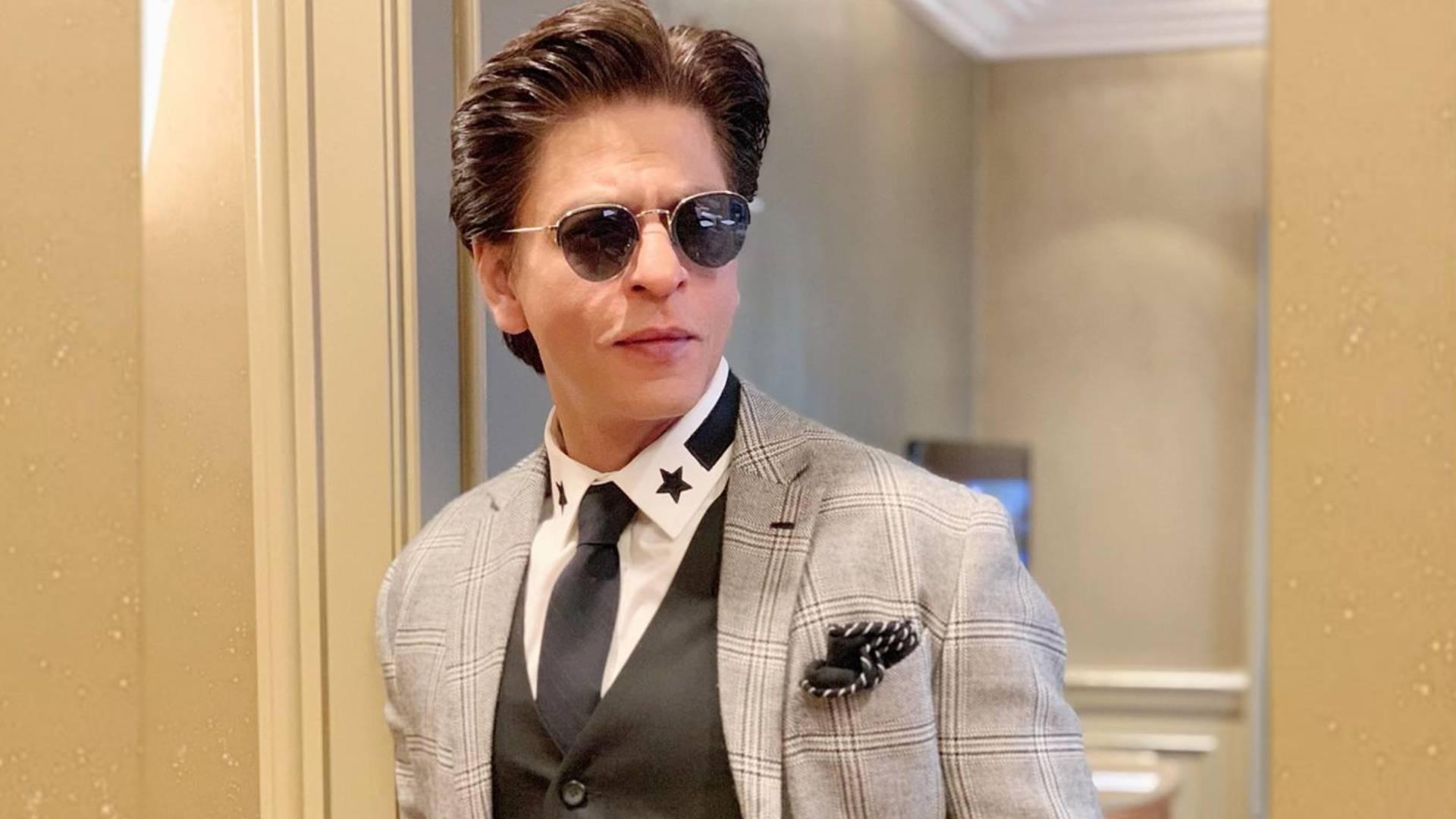 शाहरुख खान-राजकुमार हिरानी संग नहीं, इस बड़े डायरेक्टर के साथ करेंगे काम, जानिए फिल्म की पूरी डिटेल्स