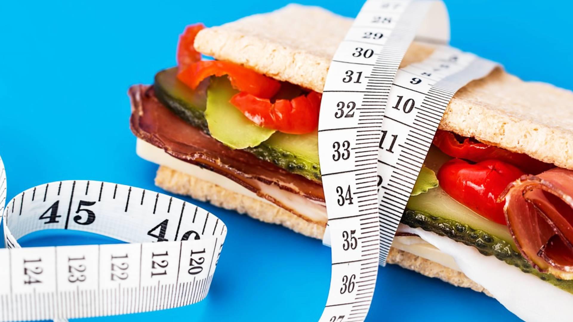 Weight Loss Tips: बिना किसी डाइट प्लान के भी कम होगा आपका वजन, इन चीजों को करें डेली रूटीन में शामिल
