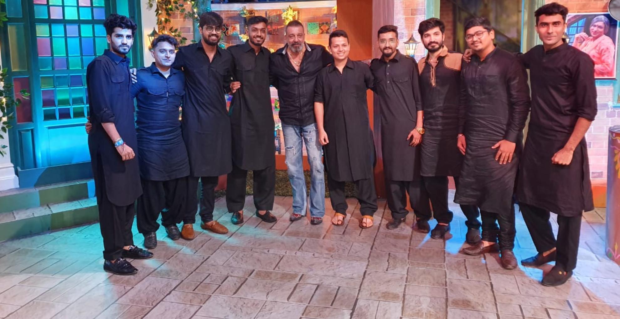 Prassthanam Movie: कपिल शर्मा के शो पर पहुंचे संजय दत्त, सेट से आई तस्वीर में दिखा एक्टर का दमदार लुक
