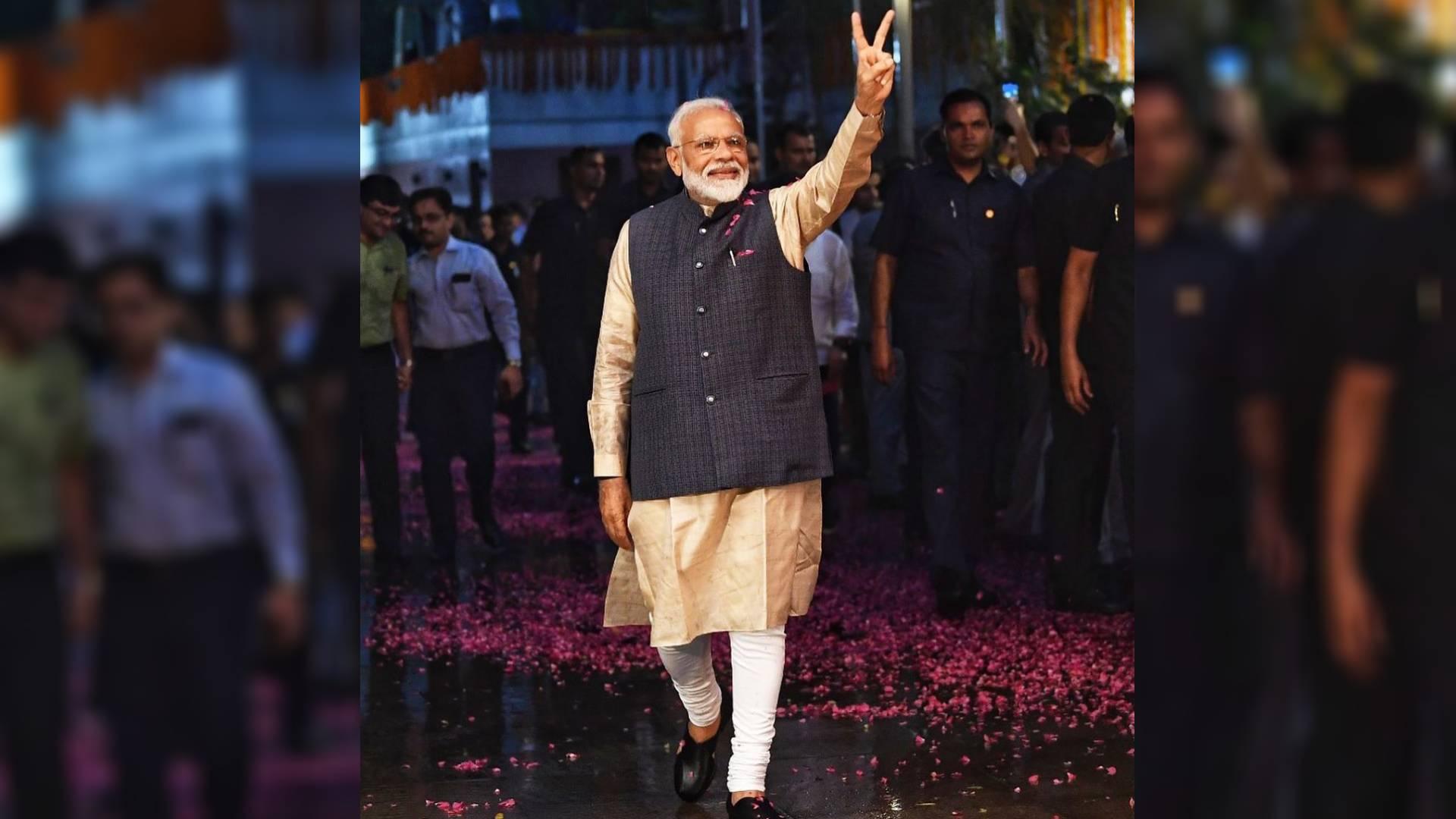 PM Narendra Modi Birthday: पीएम नरेंद्र मोदी के नाम है ये अनोखा रिकॉर्ड, जानिए उनकी अनसुनी बातें