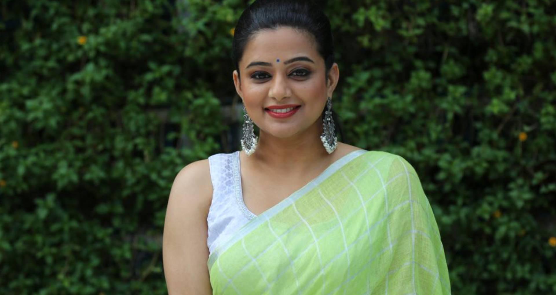 Exclusive: प्रियामणि ने इस वजह से चुना द फैमली मैन, ऐसा रहा मनोज बाजपेयी संग काम करने का एक्सपीरिएंस