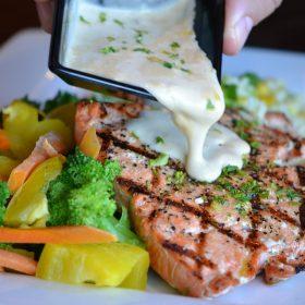 सैल्मन मछली खाने के ये हैं जबरदस्त फायदे (फोटो-पिक्साबे)