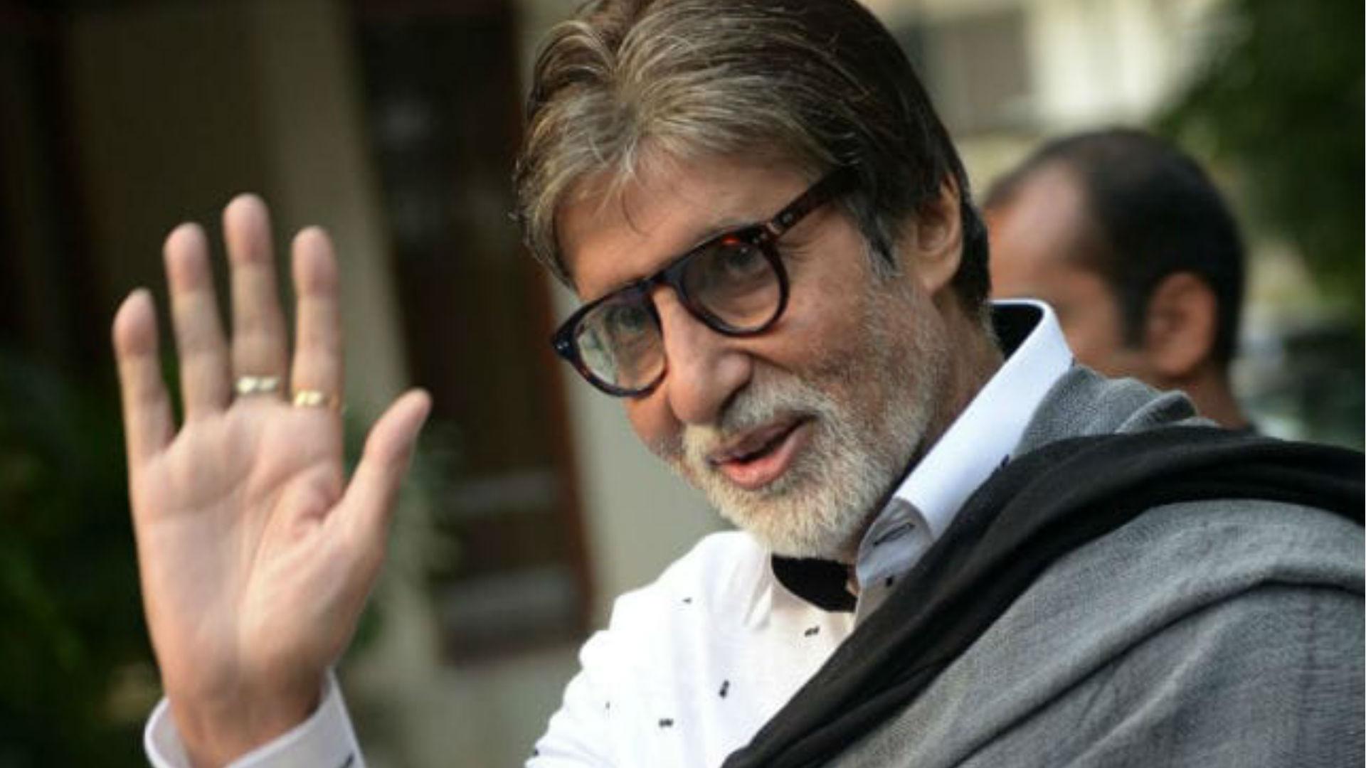 सदी के महानायक अमिताभ बच्चन की तबियत बिगड़ी, तड़के 3 बजे अस्पताल में कराया गया भर्ती