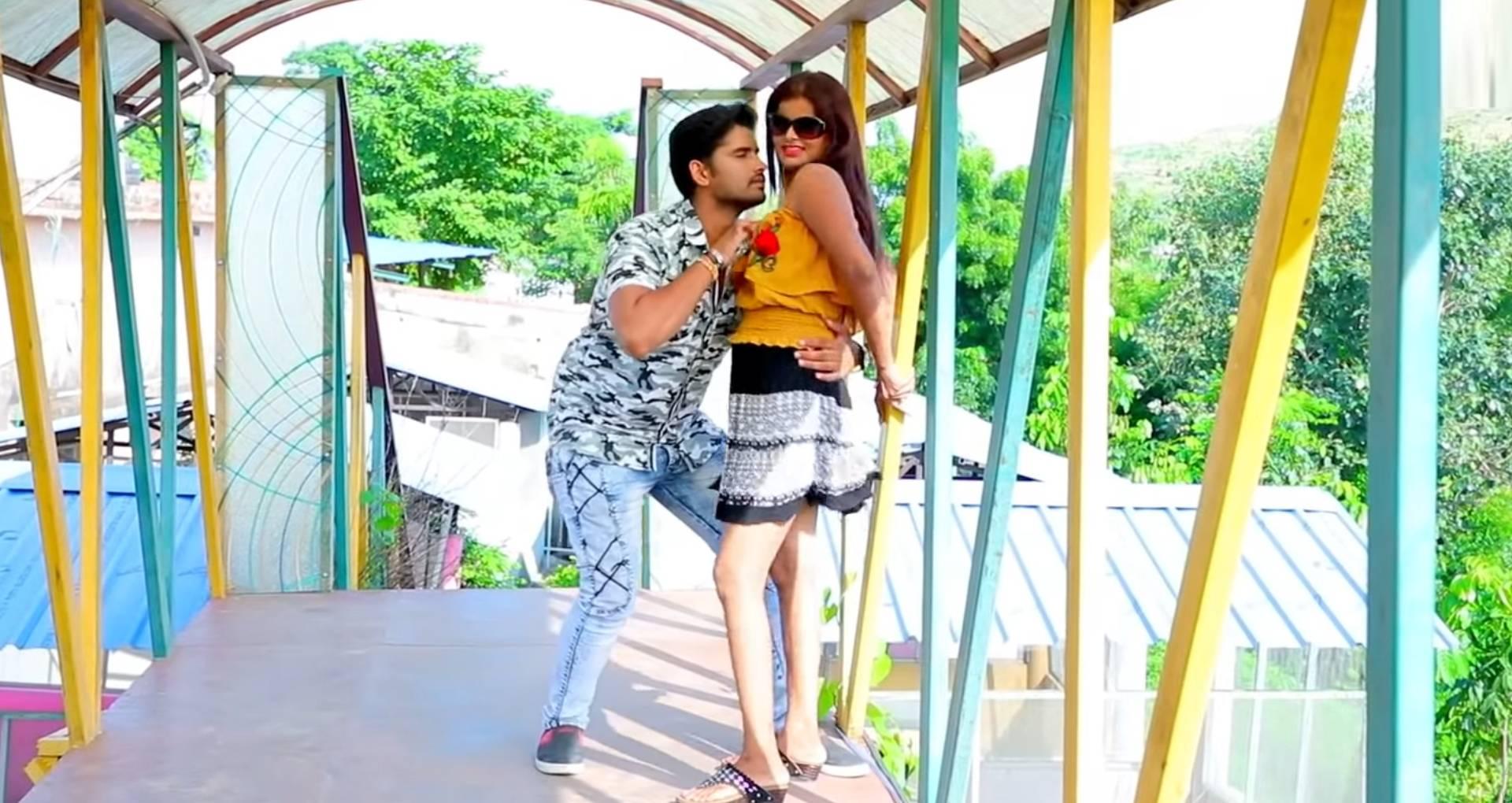 Bhatar Mana Kiya Hai Song: अंतरा सिंह प्रियंका-बबुआ दिलकुश का नया बोल्ड सॉन्ग लॉन्च, देखिए ये रोमांटिक वीडियो
