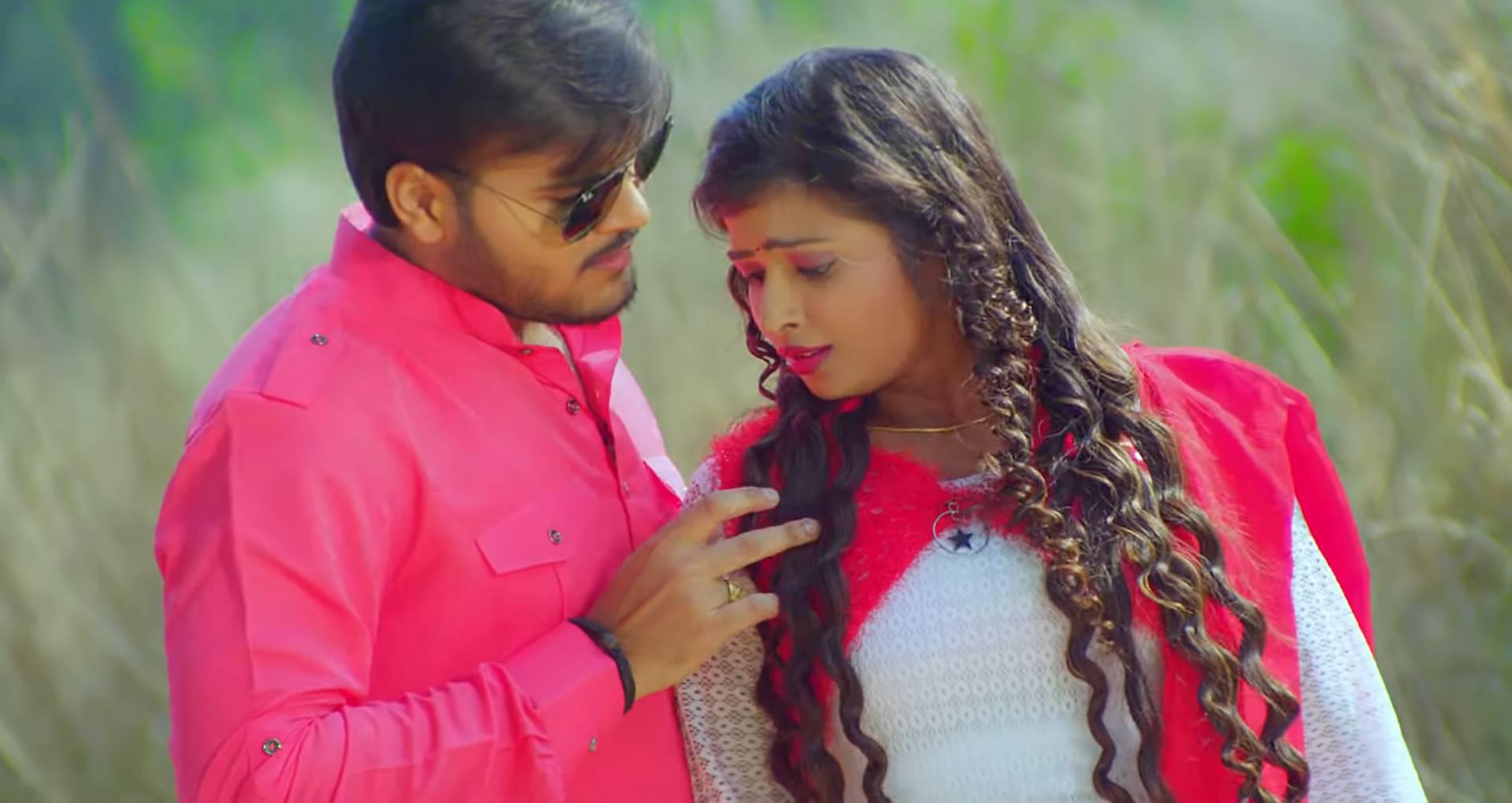 Tohre Jawaniya Ke Kahar Song: तनुश्री की जवानी के दीवाने हुए अरविंद अकेला कल्लू, देखिए ये रोमांटिक गाना