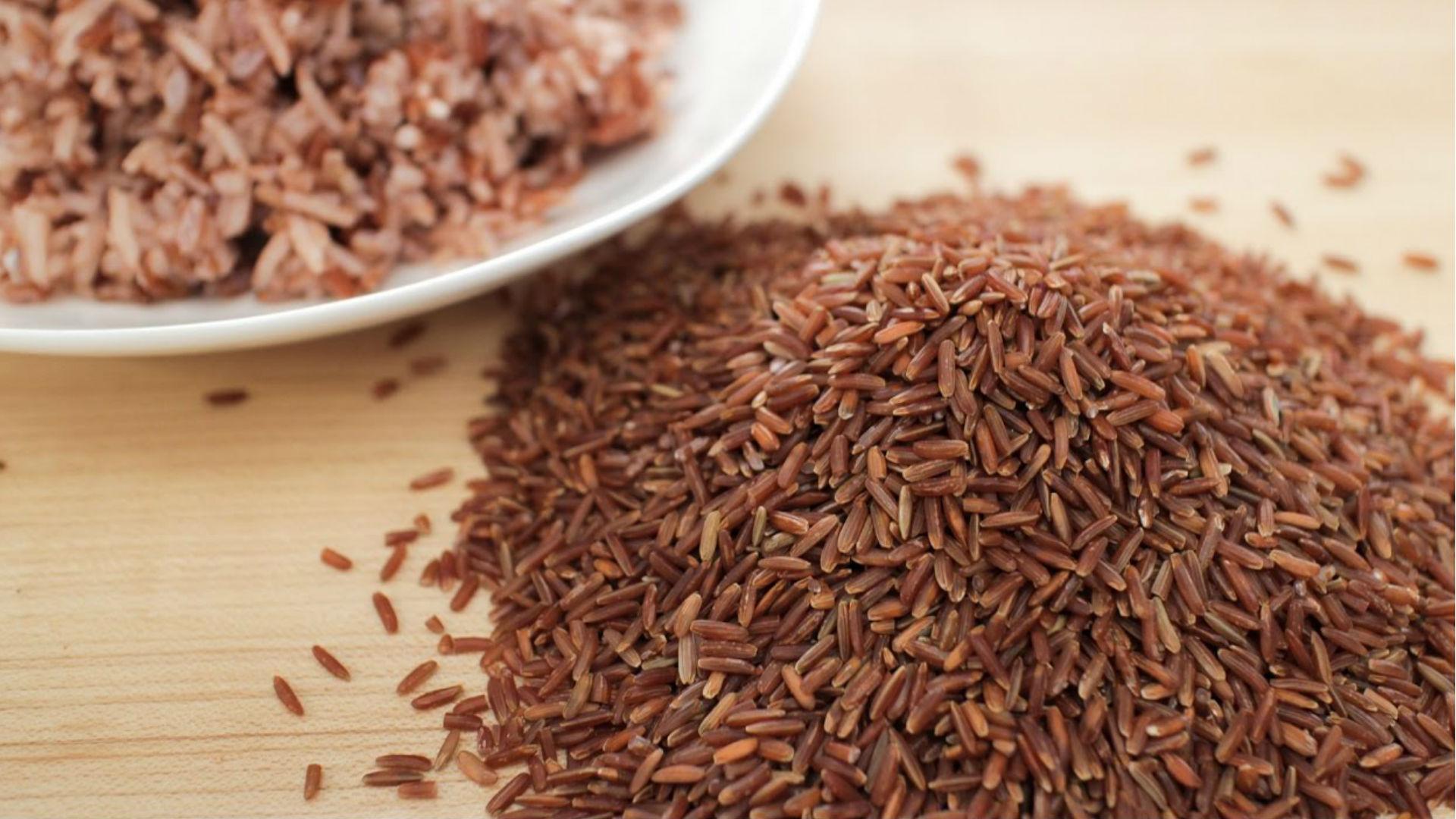 Brown Rice Benefits: पोषक तत्वों का खजाना हैं ब्राउन राइस, इसके इन फायदों से अनजान होंगे आप