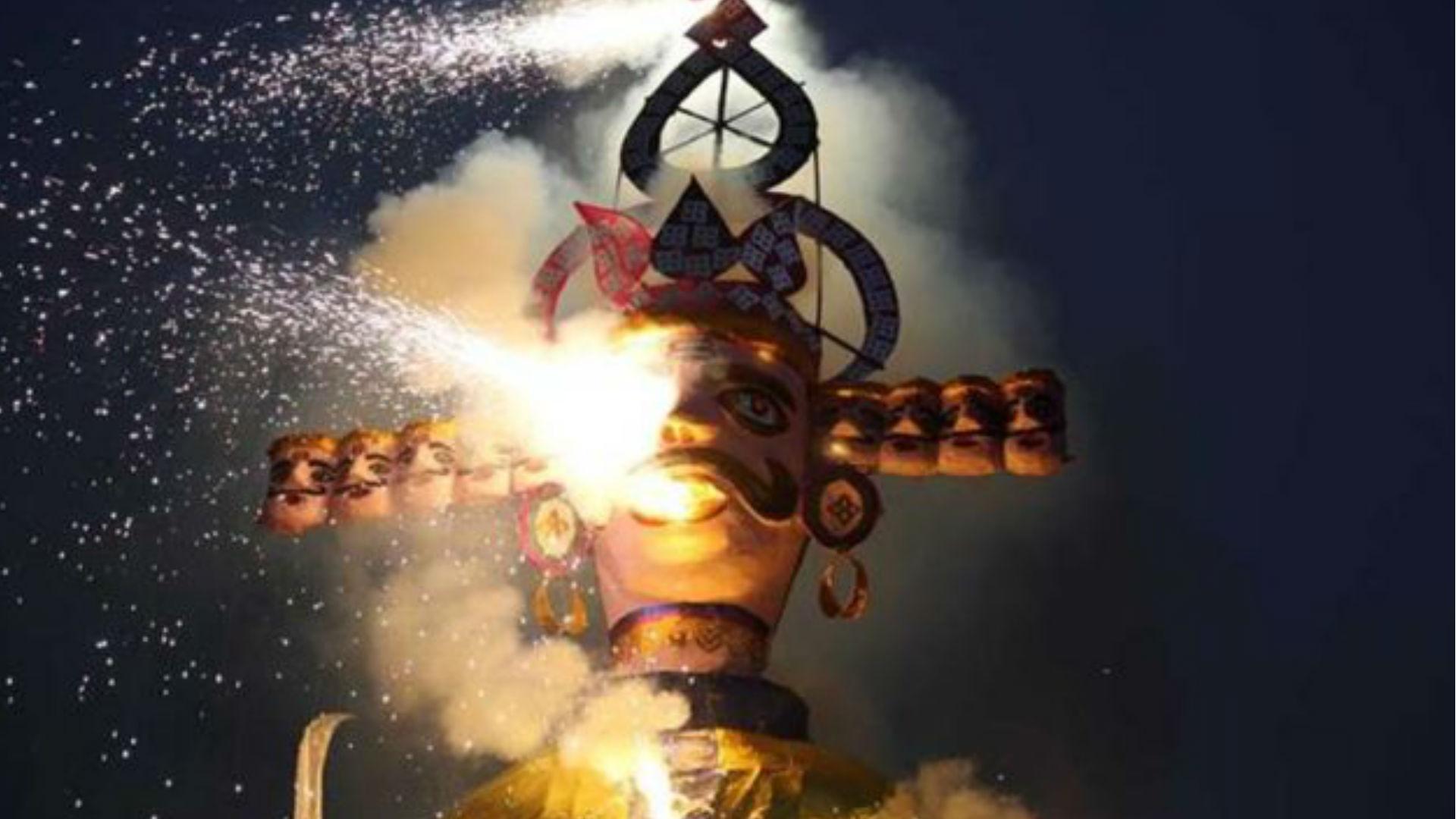Dussehra 2019 Date: आज है विजयदशमी का पर्व, जानिए पूजा का शुभ मुहूर्त-महत्व, इसलिए खाई जाती है दशहरा पर जलेबी