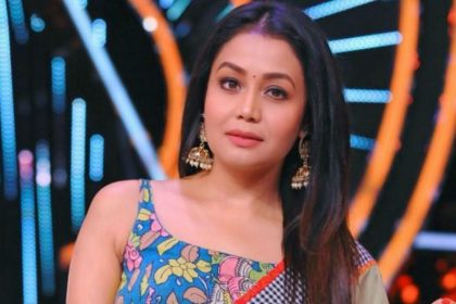 Indian Idol 11 Neha Kakkar broke down when Blind boy Reveals He Set Himself On Fire