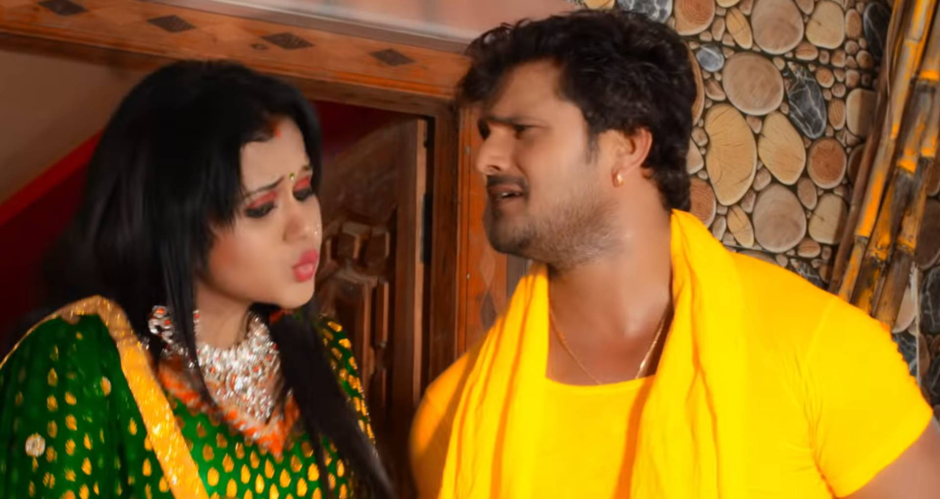 Chhath Puja Geet: गुंजन पंत और खेसारी लाल यादव की शानदार केमिस्ट्री से भरा है यह छठ गीत, देखिए ये नया गाना