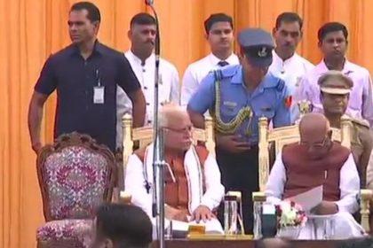 हरियाणा: मनोहर लाल खट्टर ने दूसरी बार ली CM पद की शपथ, JJP सुप्रीमो दुष्यंत चौटाला बने डिप्टी CM