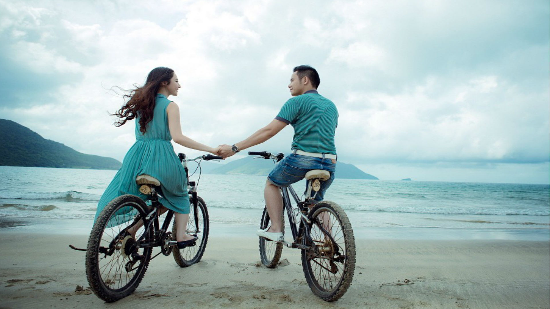 Best Honeymoon Destination: क्या हनीमून पर जा रहे हैं विदेश, खास लम्हों के लिए बेस्ट हैं ये फॉरेन डेस्टिनेशन