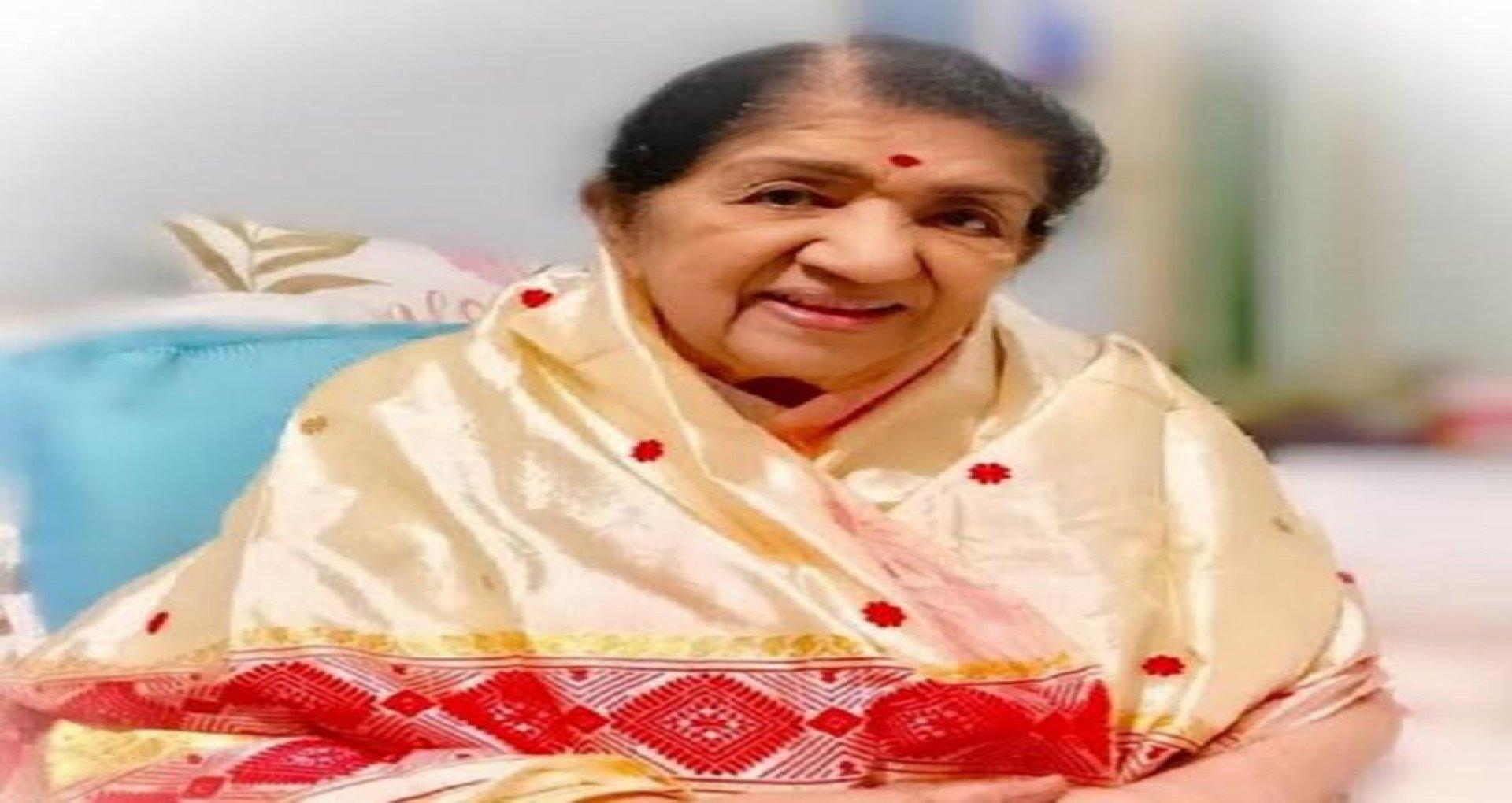 Lata Mangeshkar Health : लता दीदी की सेहत पर आया परिवार का बयान, पढ़ें रिपोर्ट