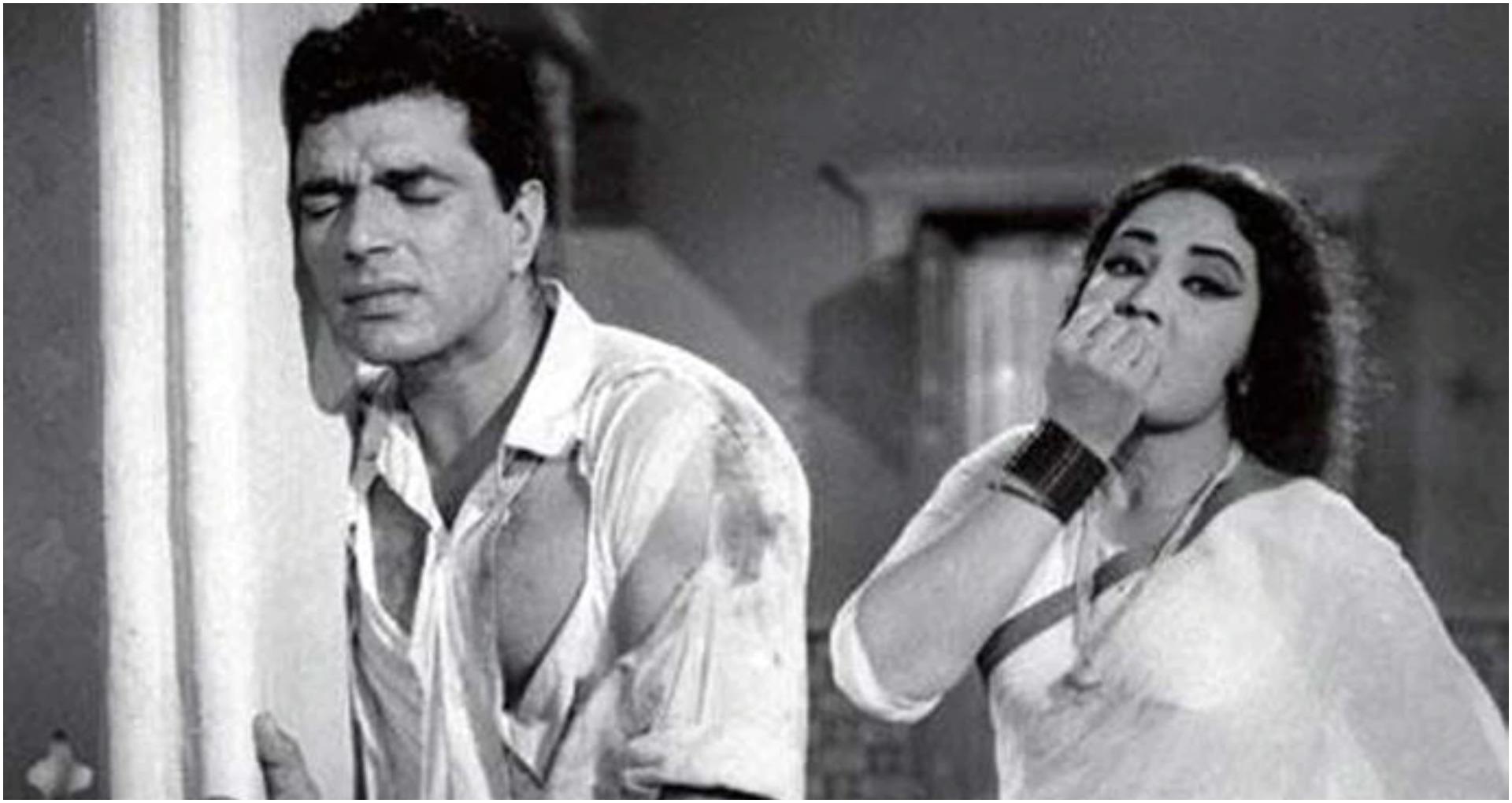 BIRTHDAY SPECIAL: गलती से धर्मेंद्र से करवा ली गई अडल्ट फिल्म, जिस पर सनी देओल को आ गया गुस्सा