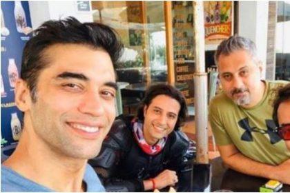 कुशल पंजाबी अपने दोस्तों के साथ (फोटो: इंस्टाग्राम)