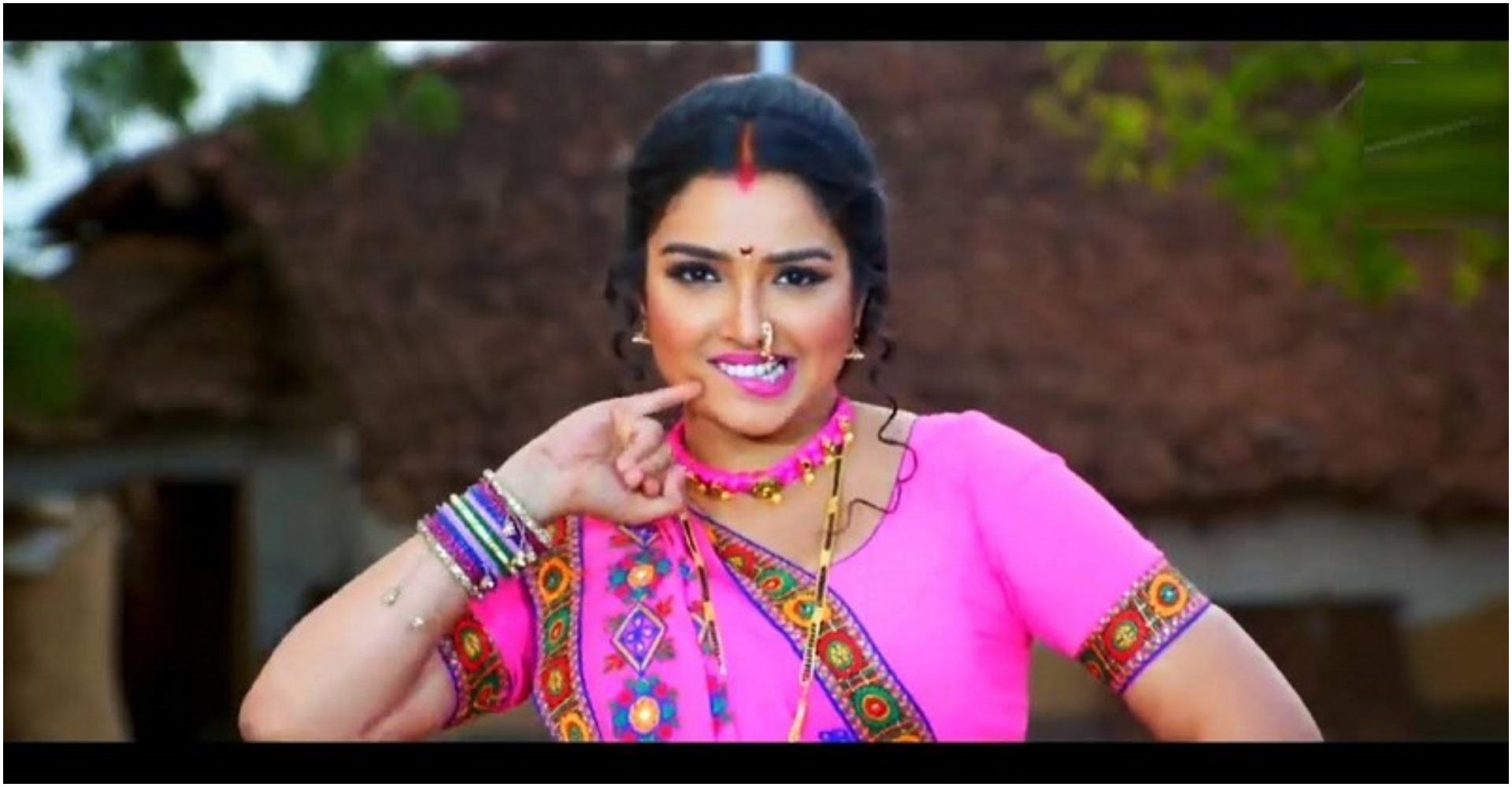भोजपुरी अभिनेत्री आम्रपाली दुबे की ये हॉट तस्वीरें आपको बना देगी दीवाना, देखते ही कहोगे वाह
