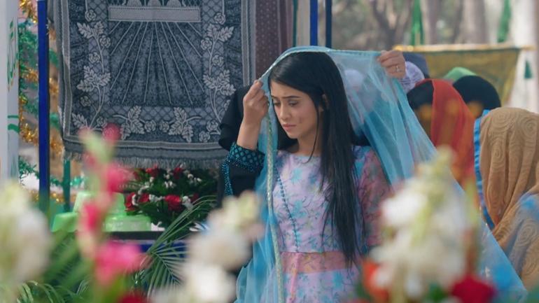 Kartik and Naira photos