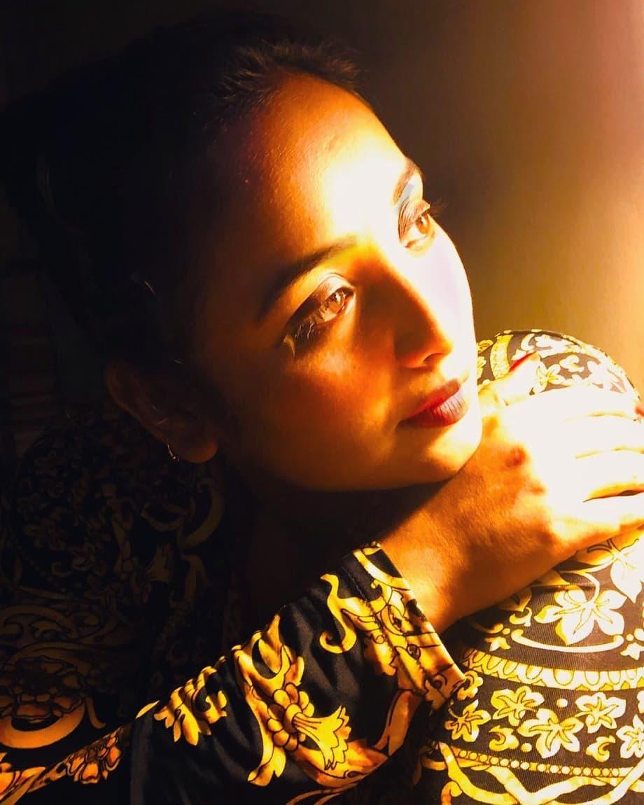 Rani Chatterjee Photos