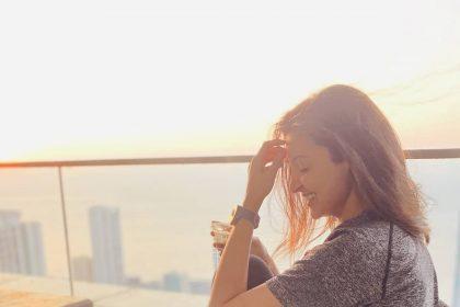 बिना मेकअप भी बला की खूबसूरत लगती है एक्ट्रेस अनुष्का शर्मा, जिन्हे 'नेचुरल ब्यूटी' का उदाहरण कहा जा सकता है
