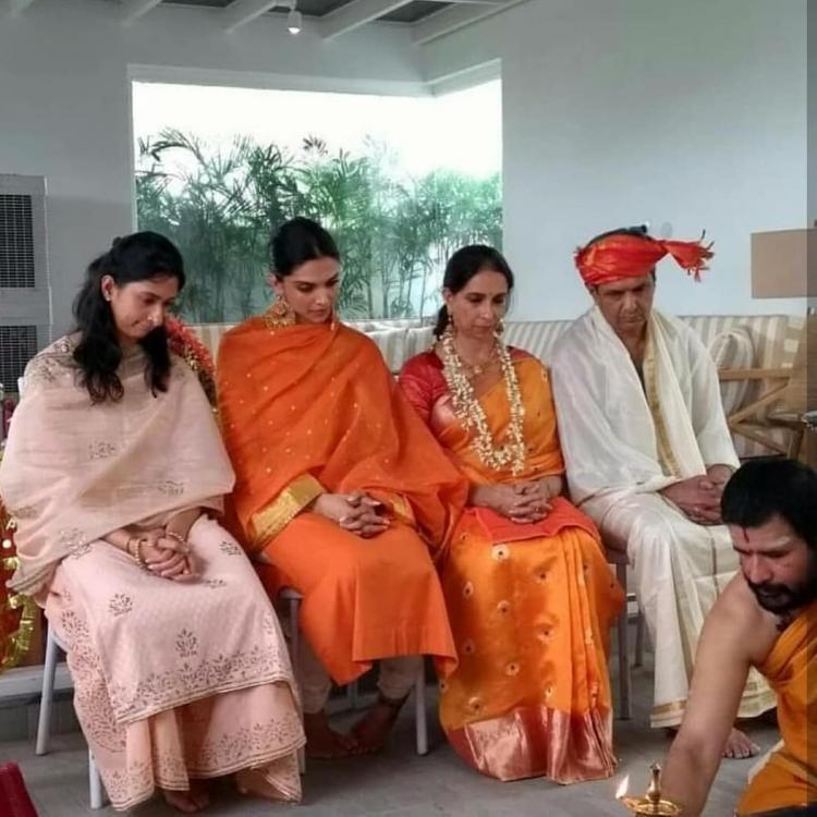 दीपिका पादुकोण अपने माता-पिता के साथ (फोटो: इंस्टाग्राम)