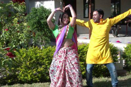 Holi Bhojpuri Song 2020: आम्रपाली दुबे ने निरहुआ के साथ किया धमाकेदार डांस, हॉट मूव्स भी करते नजर आए एक्टर्स