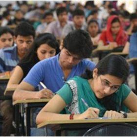 विद्यार्थियों की तस्वीर (फोटो इंस्टाग्राम)
