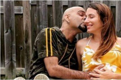 रघु राम और उनकी पत्नी नताली डी लुसियो की तस्वीर (फोटो: इंस्टाग्राम)
