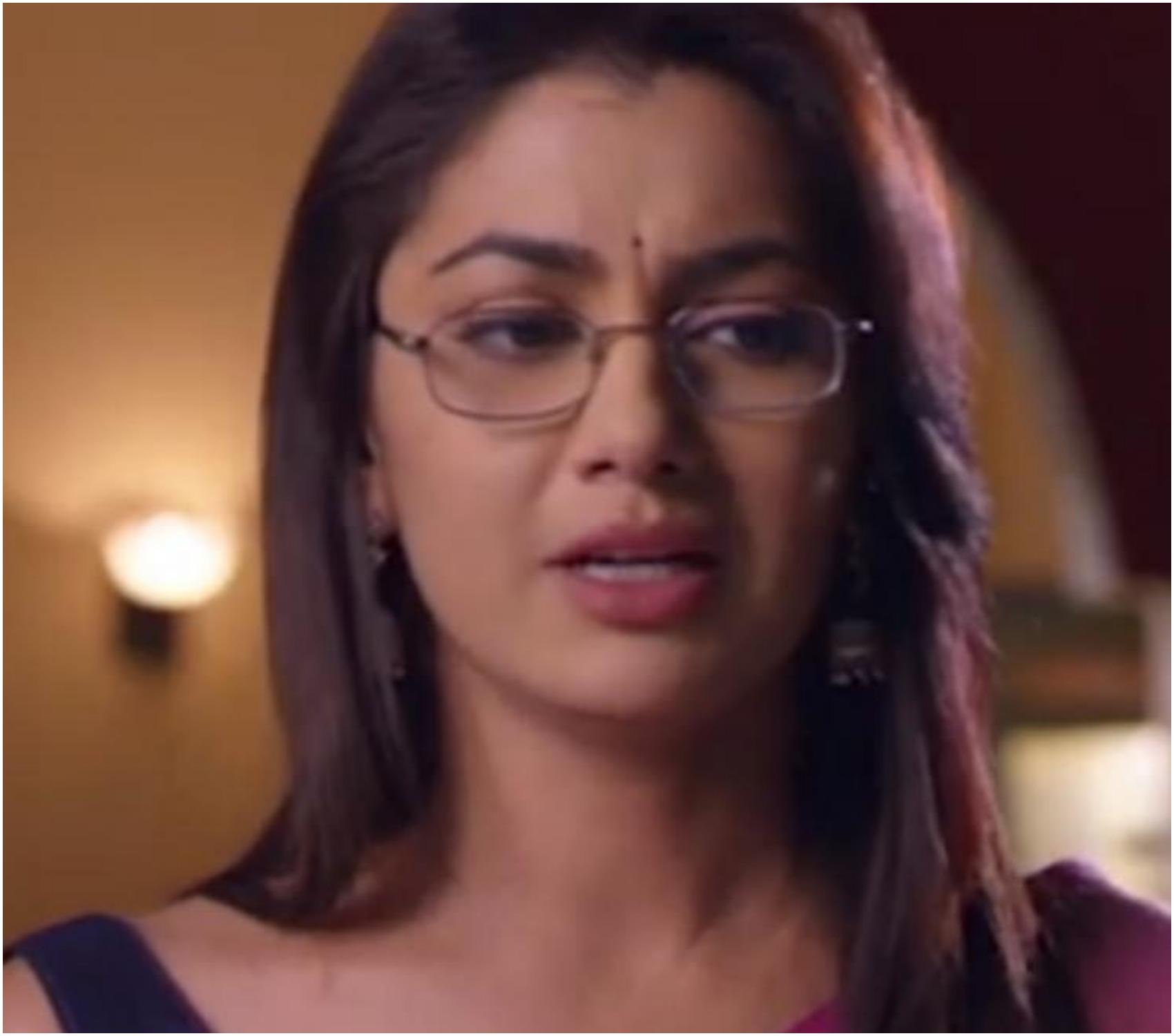 Kumkum Bhagya Preview, February 15, 2020: प्रज्ञा, सरिता से अभि के बारे में झूठ बोलती है