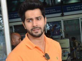 Photos : वरुण धवन का दिखा एयरपोर्ट स्वैग, ऑरेंज टी-शर्ट में दिख रहे है बहुत हैंडसम