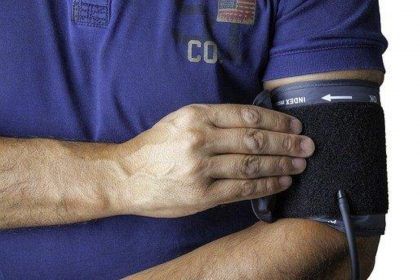 High Blood Pressure: इनसे होता है हाई ब्लड प्रेशर की बीमारी, तुरंत बंद कर दीजिये रोज़ाना किये जाने वाले ये काम
