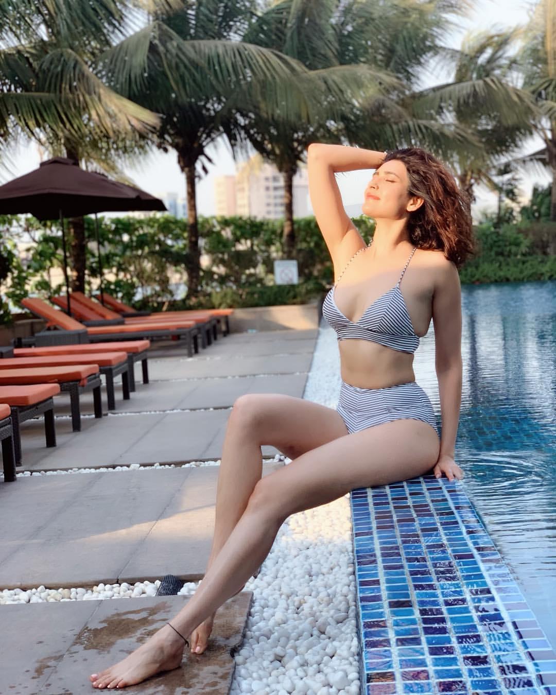 Khatron Ke Khiladi 10 contestant Karishma Tanna bikini photos