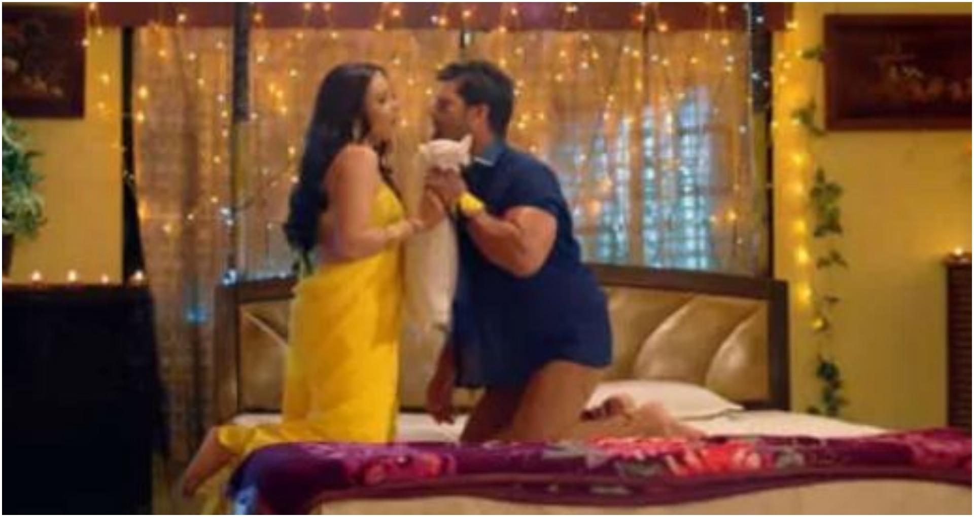 खेसारी लाल 'एक साजिश जाल' में शुभी शर्मा के साथ दिखाई दिए रोमांटिक अंदाज में, देखें वीडियो