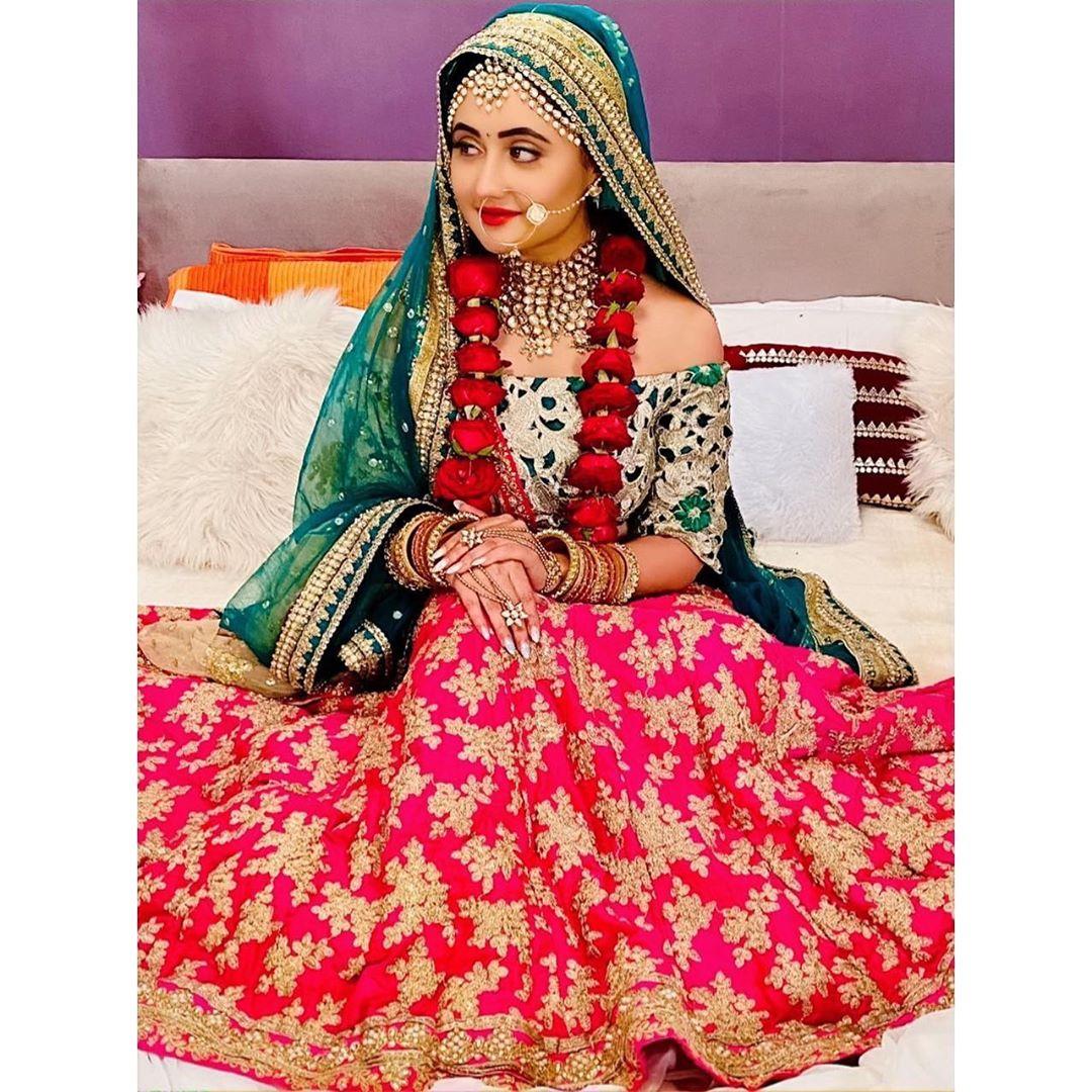 Rashmi Desai Photos