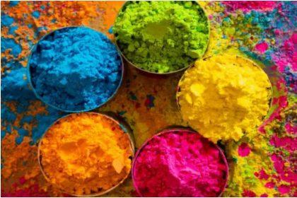 Holi Special: इन आसान तरीकों से घर पर ही बना सकते हैं प्राकृतिक-घरेलू रंग