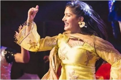 Sapna Choudhary Dance Video: सपना चौधरी ने अपने डांस मूव्स से किया फैंस को घायल, Video हुआ वायरल