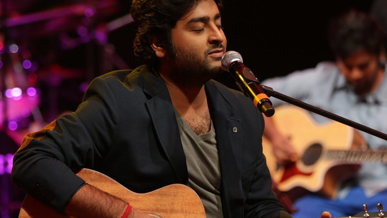 Arijit Singh Birthday: बॉलिवुड के मशहूर सिंगर अरिजीत सिंह ने फिल्म आशिकी 2 के हिट गानों के बाद छाए दिलों में