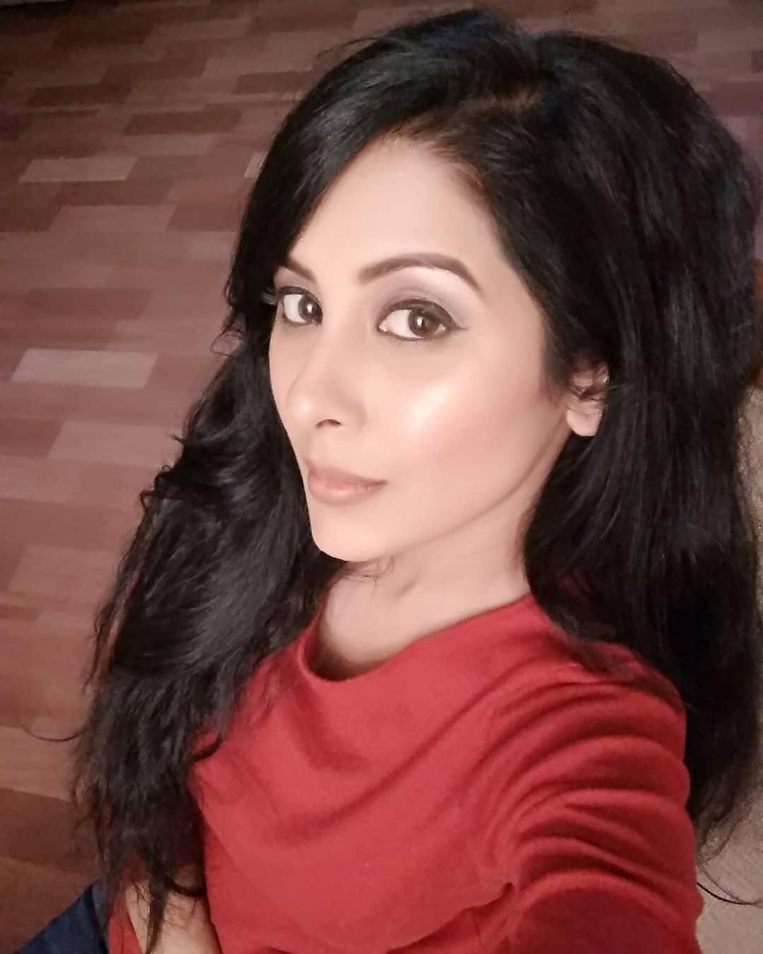 'ये रिश्ता क्या कहलाता है'अभिनेत्री सिमरन खन्ना ने अपने पति से लिया तलाक, कहीं ये बात