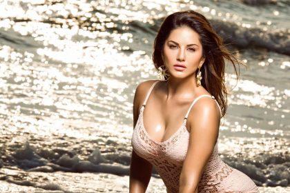 Sunny Leone Hot Photos: सनी लियोन ने पार की हॉटनेस की सीमा, तस्वीर देख आप भी हो जाओगे पागल