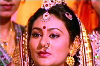 रामायण में सीता का किरदार निभाने वाली दीपिका चिखलिया ने स्क्रीन पर कभी नहीं पहने छोटे कपड़े, वजह सुन हैरान…