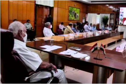 प्रधानमंत्री नरेंद्र मोदी ने कहा-'दुसरे देशों के मुकाबले भारत बेहतर स्तिथि में, लॉकडाउन से मिला लाभ